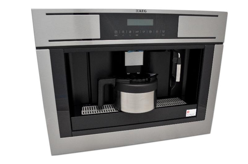 Aeg pe4511 m einbau kaffeevollautomat mit thermokanne pe for Einbau kaffeevollautomat mit festwasseranschluss